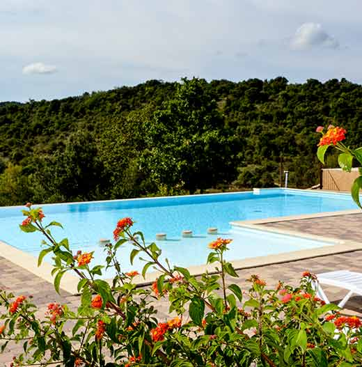 Camping ardeche camping 4 toiles vallon pont d 39 arc for Camping avec piscine en ardeche
