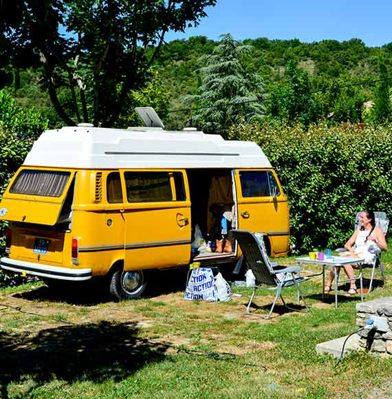emplacement camping-caravaning Ardèche